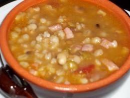 zuppa di farro piatto tipico lucchese